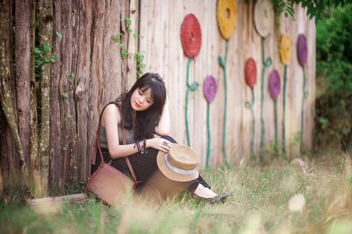Chân ngắn - ca khúc mới được yêu thích của ca sĩ Cẩm Vân Phạm