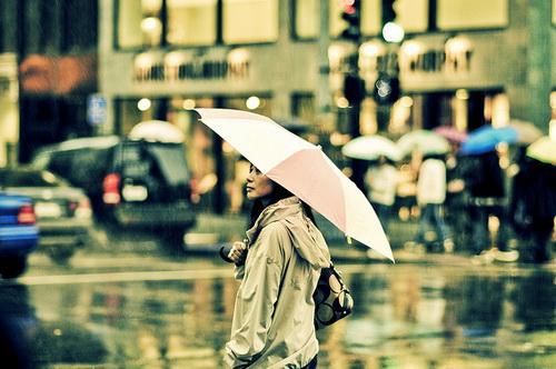 Vết mưa - ca khúc nhạc trẻ tình yêu sâu lắng qua tiếng hát Vũ Cát Tường, Nhật Thủy